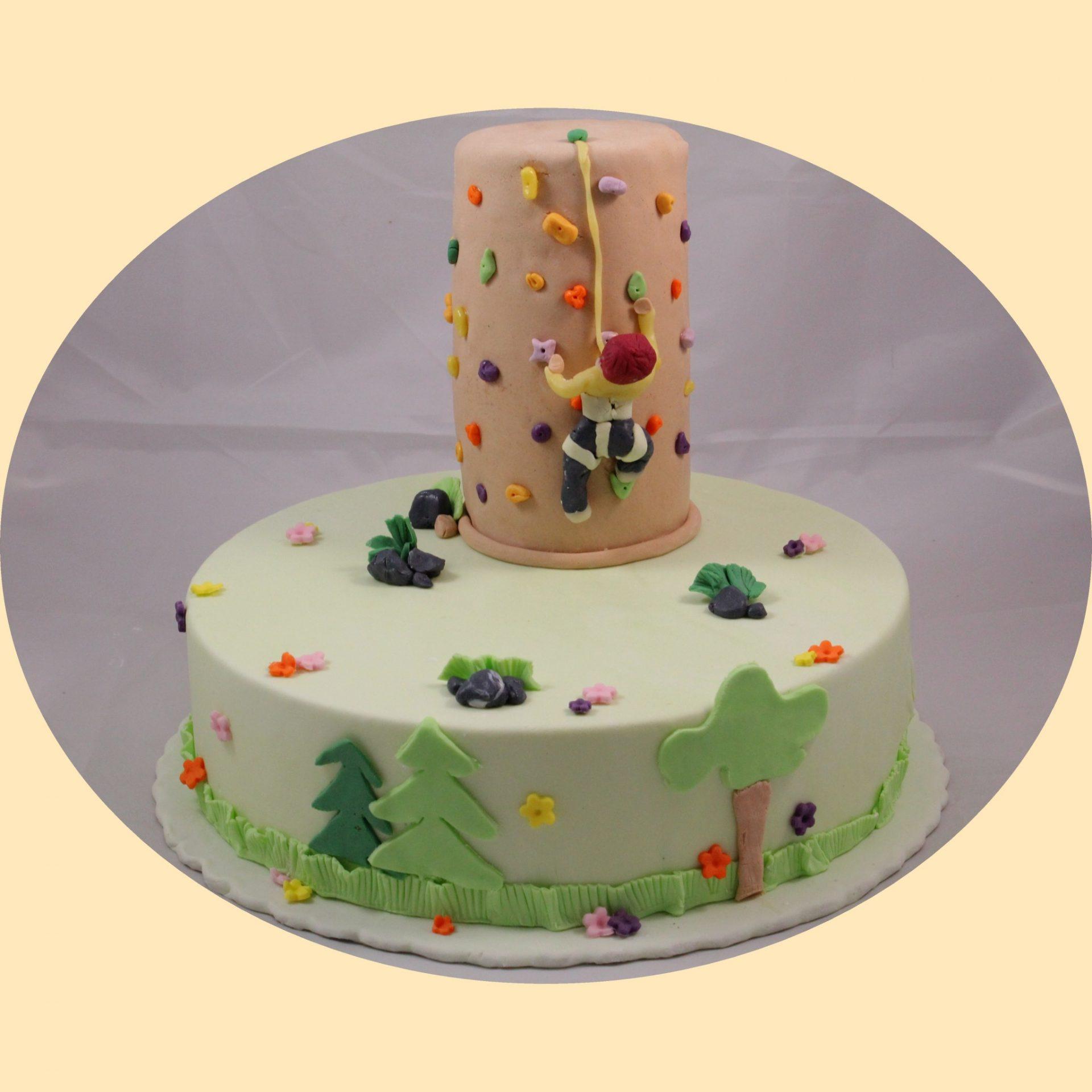 Fondant bevonatos hegymászós torta.